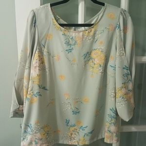 Womens blouse shirt Lauren Conrad floral Large